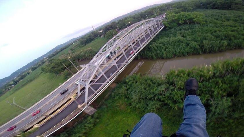 Escuela de parapente y paramotor en puerto rico team for La puente motors inc